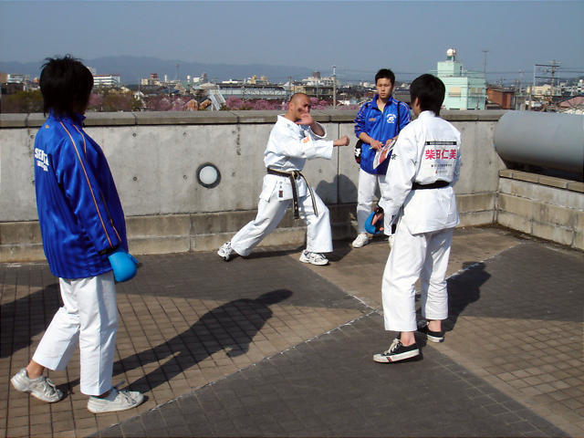 Kakiya%20coaching.jpg
