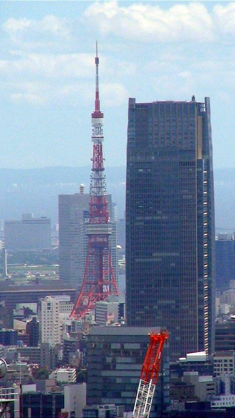 Tokyo%20Tower%20from%20Shinjuku.jpg